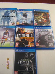 7 original TOP Ps4 games. Rise off the tombraider special ed.,Skyrim special ed.,Atack on Titan,Battle field hardline,fifa 16,Star wars battlefront,homefront
