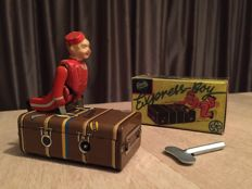 Gescha, Germany - Length 9 cm - Tins / Masse Express Piccolo suitcase boy with movement engine - 1930s