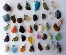 Large collection of Mineral and Semi-precious Stone pendants - 12 to 40mm  (39)