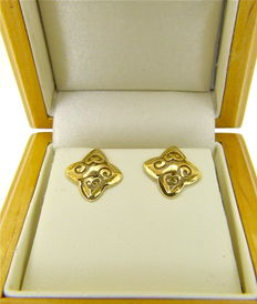 "Authentc ""Celtic star"" stud earrings artist solid yellow 18kt gold - NO RESERVE"