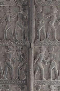 Exclusive large wooden doors from Mali - Length164cm - period 20th century