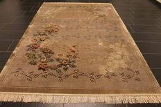Gorgeous hand-knotted Orient silk palace carpet, China, silk, Art Deco, middle of 20th century, 190 x 290 cm, Made in China
