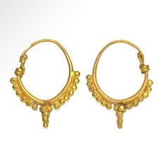 Roman Gold Hoop Earrings - 2.6 cm L and 2.5 cm L