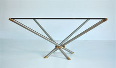 Unknown designer - Crossed leg coffee table with brass detail and glass top