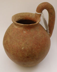 Jordan Valley - Middle East - pottery jar - 16 x 12 cm