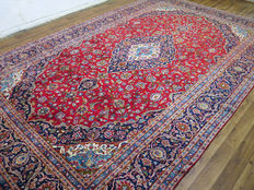 Wonderfully beautiful Persian carpet Kashan/Iran 465 x 293 cm, end of the 20th century. XXL oversize