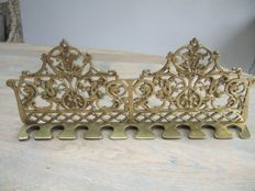 Bronze 19th century pipe rack, suitable for 9 pipes Origin: France