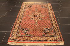 Beautiful hand-knotted oriental carpet, Sarough Mir, 120 x 185cm, made in India at the end of the 20th century
