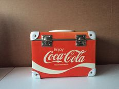 A lot with old rare Coca-Cola case 3 small tinplates and 11 unique Coca-Cola t-shirts from various years, see description.
