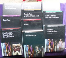 Different editors - Encyclopedia of World Dress and Fashion - 10 volumes - 2010