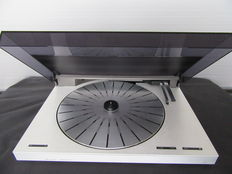 Bang & Olufsen turntable Beogram 5500 - Serviced, new needle and strings!