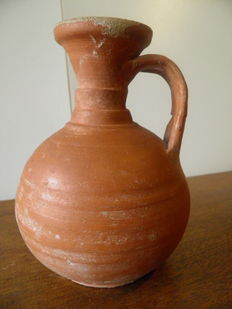 Roman vase with two handles made of red terracotta - Roman Period - 16,5 cm