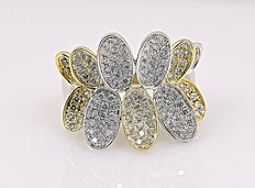 Flower cocktail Diamonds ring - No reserve price!
