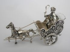 Silver miniature horse and wagon, H. Hooijkaas, Schoonhoven, 2nd half 20th century