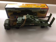 Dinky Toys - Schaal 1/48 - AEC Artic Transporter with Chieftain Tank No.616