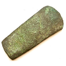 Early Bronze Age Copper Flat Axehead - 104 / 46 mm