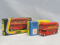 Corgi Toys - 1/66 scale - Lot with London Transport Routemaster Buses No.468