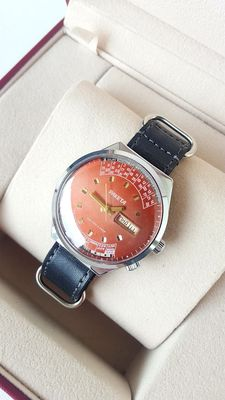 Soviet Raketa perpetual calendar - men's wristwatch 1980's in mint condition -,never worn