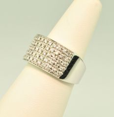 Pavé Diamond (1.00ct) & White 18k Gold Ring - Diamonds 1.00CT H/SI & 18Kt Gold
