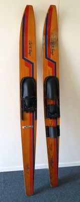 Cut'n jump Rally 5, wooden water skis - 1960s