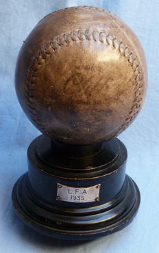 Original American Dated 1935 Illinois Lake Forest Academy Presentation Baseball