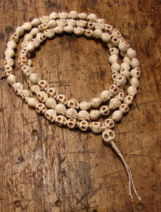 Prayer mala made of yak bone – Tibet/Nepal – Late 20th century