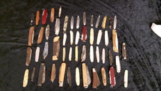 Large collection of 52 old pocket knives