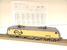 Piko H0 - from set 96975 - Series 1900 type TRAXX of the NS