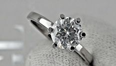 1.02 ct round diamond ring made of 14 kt white gold *** no reserve price ***
