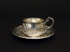 Silver cup and saucer, ClaudeDoutre Roussel, France, end of XIXc