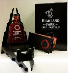 Highland Park Fire Edition in wooden showcase and original box - Limited Edition