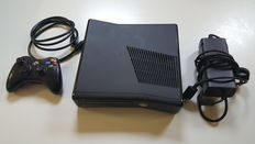 Xbox 360 Slim Edition Console Including 250GB Hard Disk and 1 Controller