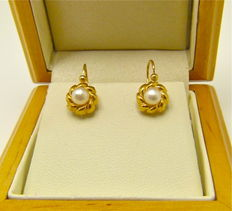"French "" natural freshwater pearl "" dormeuses earrings 18kt gold - NO RESERVE"