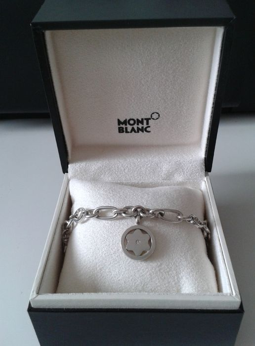 Montblanc – Bracelet with diamond and pendants