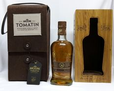 """36 years old Tomatin """"Batch 2"""" 46% abv. Single malt Highland Whisky Vintage Limited Edition only 800 bottles. In original wooden case. 1x 700ml"""