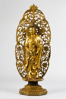 Large Guanyin with Mandorla - China - end of the 20th century.