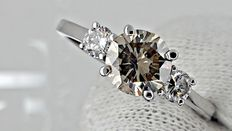 1.27 ct round diamond ring made of 14 kt white gold *** no reserve price ***