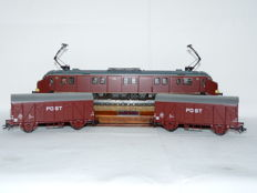 Märklin H0 - 33891/46271 – Motor- post , series mP3000 and 2 postal carriages of the NS, brown