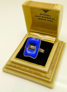 """First grade silver French art deco """"peacock blue enamel clasp"""" ring"""