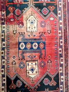 Magnificent, old, exclusive rug; 130 cm x 210 cm