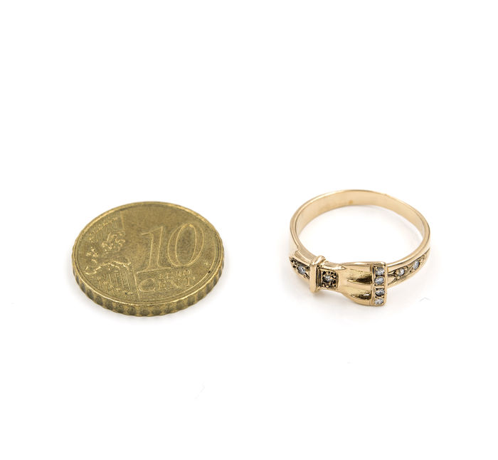 18 kt 750 yellow gold cocktail ring diamonds in belt