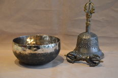 Set singing bowl and bell & dorge - Nepal - second half of the 20th century