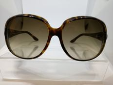 Gucci – Women's sunglasses.