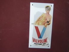 Valvoline motor oil enamel sign with Pin-Up girl 20 x 10 cm