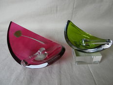 """Two large art deco ashtrays with stamper from """"Val Saint lambert"""""""