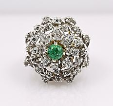 Emerald and Diamonds cluster ring - No reserve price!