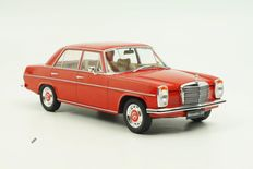 Model Car Group - Scale 1/18 - Mercedes-Benz 220/8 (W115) 1973 Red