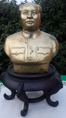 Bust of Mao Zedong – brass and bronze sculpture – China, mid-20th Century