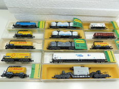 Minitrix N - 3248/3298/3508/3518/3529/3541/3551/3553/3591/3604 - 13 freight carriages of DB