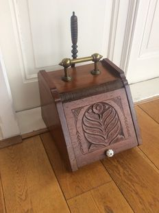 Antique oak coal scuttle with brass mounts, ca. 1900, the Netherlands